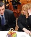 Пугачева пообещала женить Прохорова