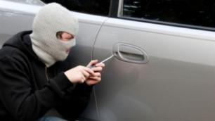 В Москве угнали машину сотрудника посольства Казахстана