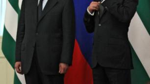 Медведев предложил Анквабу помощь в расследовании покушения