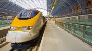 Три человека погибли при аварии пассажирского поезда в Канаде