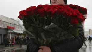 Казахстанцам дали три дня выходных на 8 марта