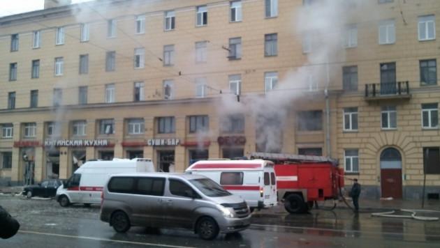 При взрыве в ресторане в Петербурге пострадали 9 человек