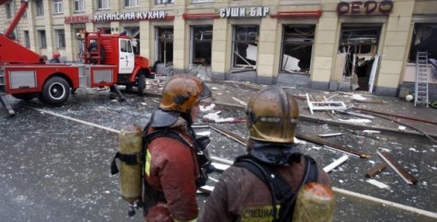 Пожар во взорвавшемся в Петербурге ресторане потушен