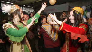 Казахстанцам на Наурыз дали пять выходных дней