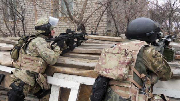 Силовики вступили в бой с блокированным в Кабардино-Балкарии боевиками