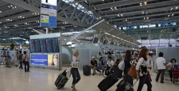 Два самолета с российскими туристами застряли в аэропорту Пхукета