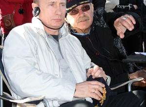 Михалков призвал Путина спасти народ от безнравственности