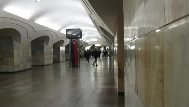 """Бомбу на станции метро """"Шоссе Энтузиастов"""" не обнаружили"""