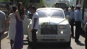 В Алматы гость свадьбы открыл огонь из кортежа