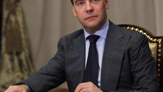Дмитрий Медведев примет участие в первомайской демонстрации