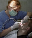 Женщина-стоматолог вырвала все зубы бывшему парню